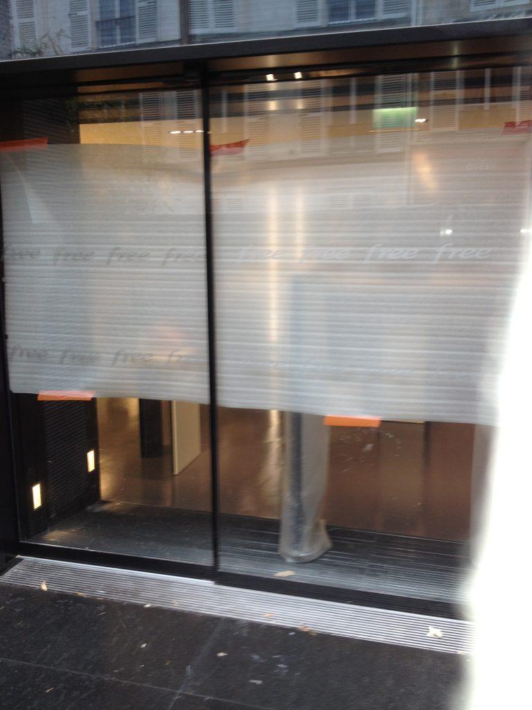 1ere Boutique Free à Paris découverte par EXPERT is ME L'Agence Marketing et de Communication Digitale spécialisée en réseaux sociaux https://www.expertisme.com/